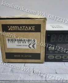 Azbil Temperature Controller C10T0DRA0100